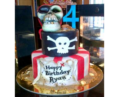Pirates Skull Cake