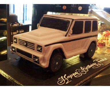 Mercedes G-Wagon Cake