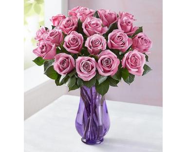 Sorbet Roses in Vase