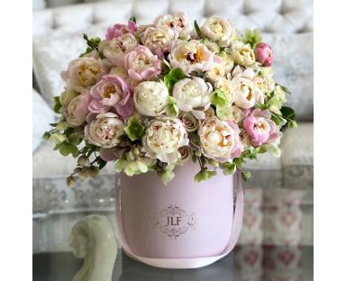Luxury Peony & Rose Box