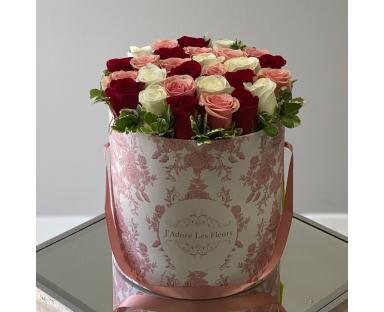 Multicolor Rose Box