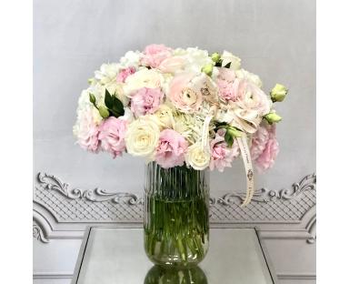 Hydrangea, Roses, Eustoma Bouquet in a Vase ''Sawyer''