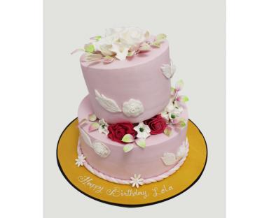 Customized Cake 83