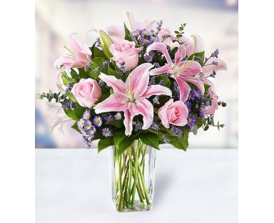 7 Roses 7 Lilies 5 Limonium 5 Monte casino
