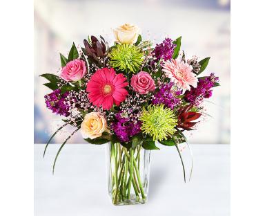 10 Roses 3 Gerberas 5 Chrysanthemums 7 Alstroemerias